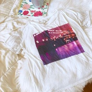 Forever 21 Cropped Graphic T-Shirt | Size Small